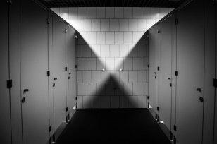 Иностранный производитель бытовой химии отремонтирует туалет вроссийской школе