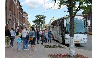 ВЧереповце придумали театрализованную автобусную экскурсию «Машина времени»