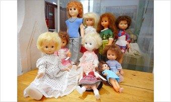 ВЧереповецком детском музее появилась новая коллекция советских кукол!