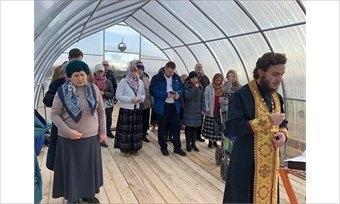 ВВологде прихожане молятся втеплице