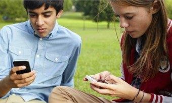 Наши взрослые дети: перфомансы подростков