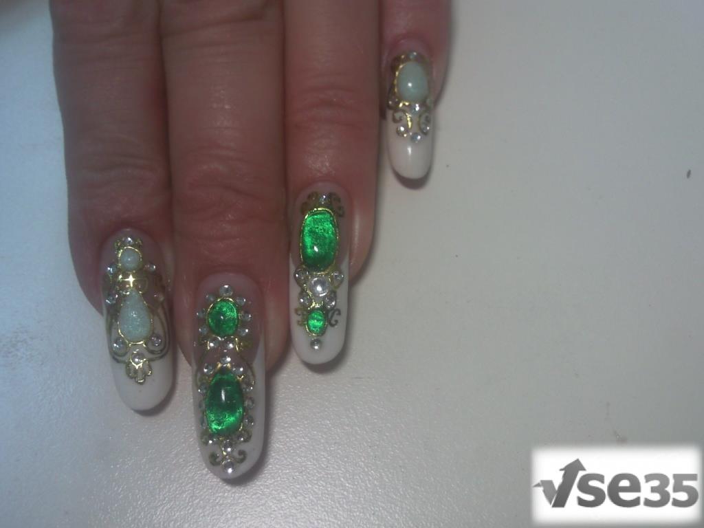 Ногти дизайн из жидких камней